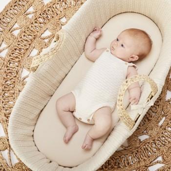 LGS Alcofa de Bebé em Folha de Palma Orgânica e Colchão Linen FN010A