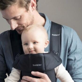 BabyBjörn Porta-Bebé Mini Preto Algodão 021056