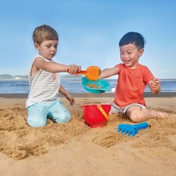 Hape Conjunto de Brinquedos de Praia +18M E4056
