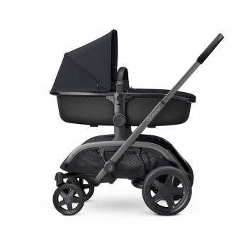 Quinny Alcofa Hux Black on Black